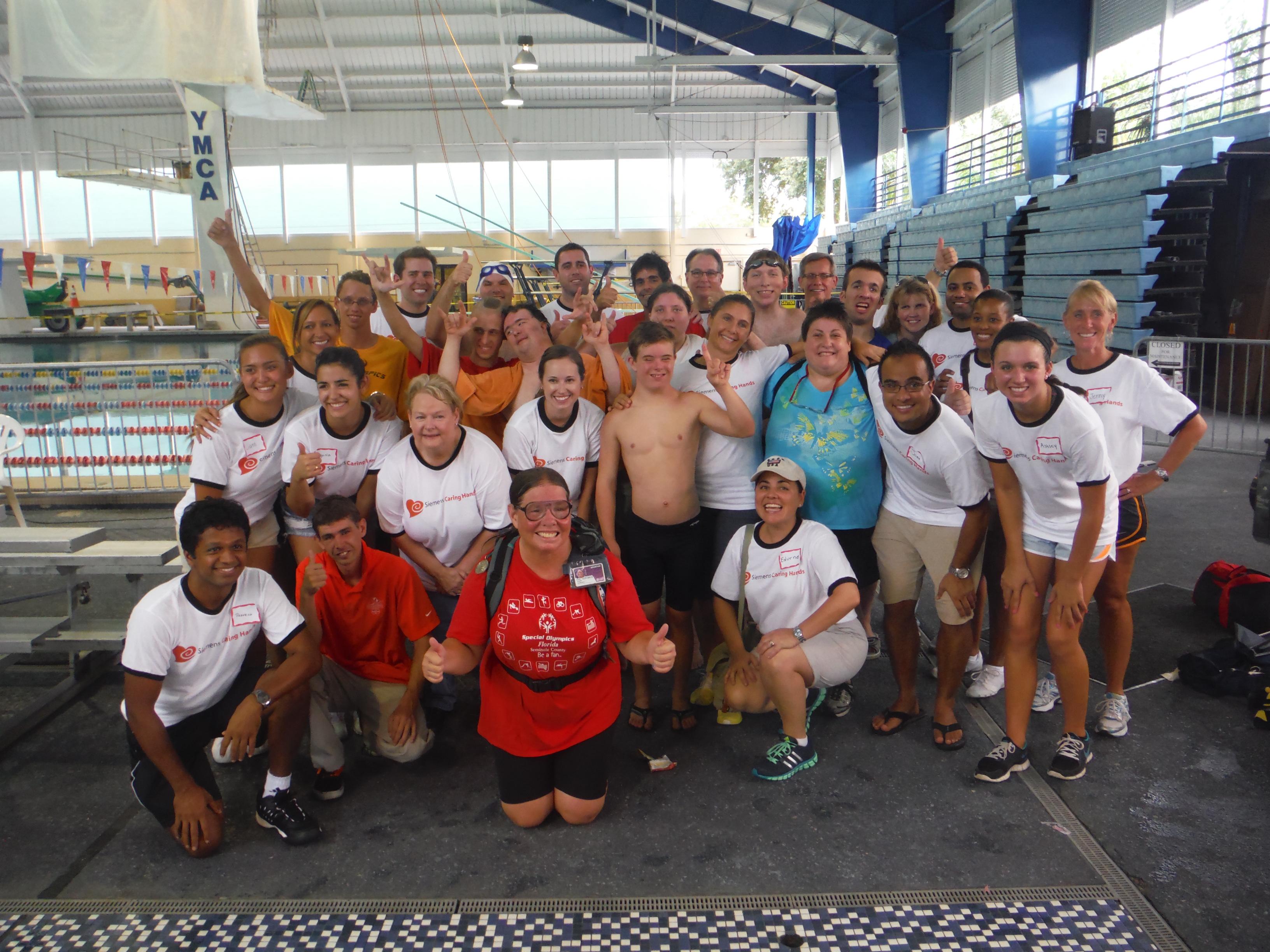 The Siemens volunteers did a fantastic job at the meet. We appreciate all their efforts at the meet!