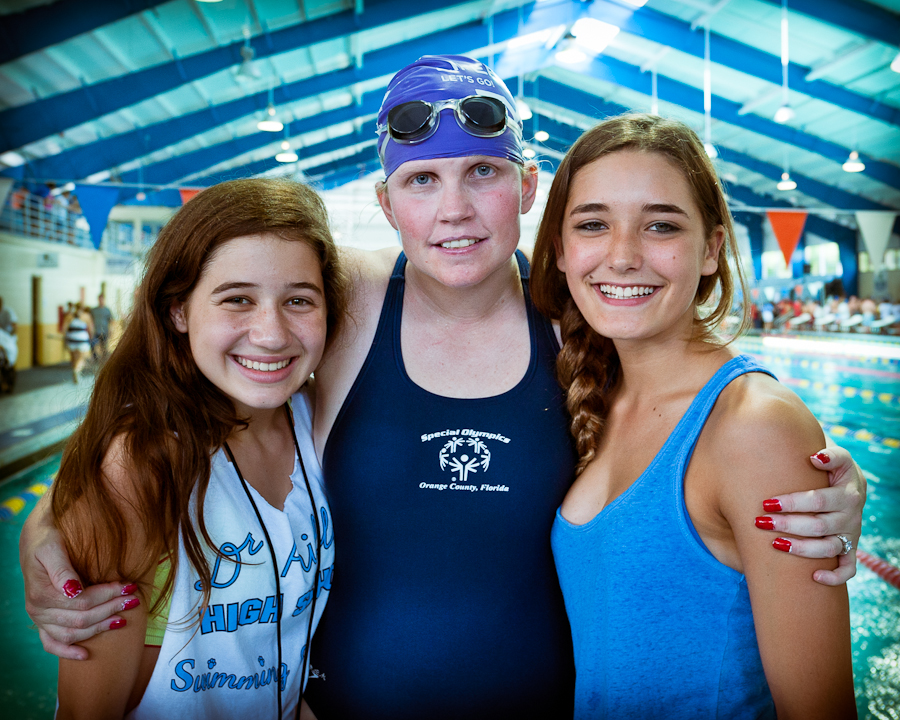 Three super models, no wait, sorry my mistake that is Lori with DP swimmers Maddie and Brooke.